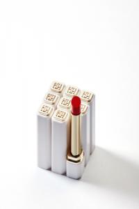 HH细金管口红:用心钻研国货彩妆,让女性的美由内而外散发